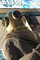ezdivers statue